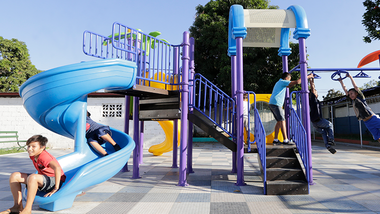 Vasia Outdoor Playground